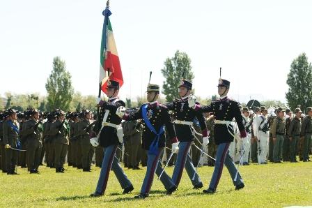 Esercito italiano archivi pagina 21 di 31 paola casoli for Bandiera di guerra italiana