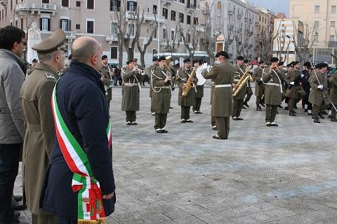 20150203_Comando Militare Puglia_Esercito Italiano_alzabandiera_un momento della cerimonia (2)