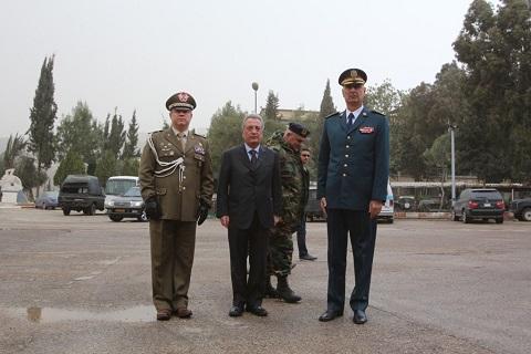20150211_Italia dona ricambi per elicotteri e autocarri alle LAF_brigata Pinerolo_SW UNIFIL (6)