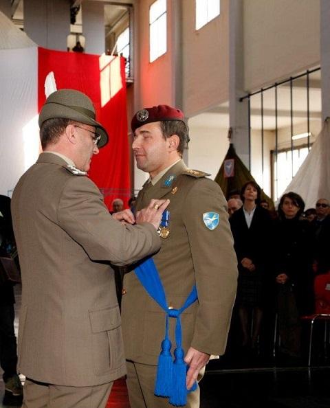 20150223_TOA brigata Folgore_D'Addario-Iannucci_Consegna Croce di bronzo al Merito dell'Esercito al Colonnello Albamonte