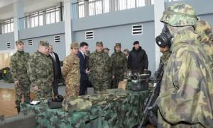 20150313_COMKFOR gen Figliuolo in Serbia per MTA Kumanovo High Level Talks (1)
