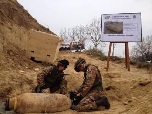 20150315_artificieri Esercito Itlaiano_disinnesco ordigni_capacità dual use (2)