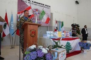 20150318_UNIFIL SW_donazione materiale scoalstico_gen Stefano Del Col_b Pinerolo (3)