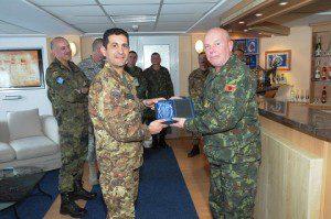 20150331_COMKFOR gen Francesco Paolo Figliuolo_CaSMD Albania gen Jeronim Bazo_KFOR_Pristina_high level talks (2)