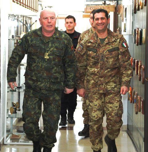 20150331_COMKFOR gen Francesco Paolo Figliuolo_CaSMD Albania gen Jeronim Bazo_KFOR_Pristina_high level talks (5)