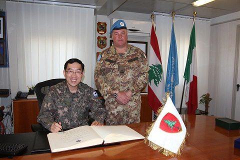 20150408_SW UNIFIL_visita CaSME Ghana e Head CIMIC Ops Korea_Shama (4)