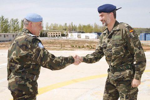 UNIFIL_rey_viaje_libano_20150408_gen Antonio Ruiz Olmoz_il re di Spagna Filippo VI_Ph Cr Casa Real