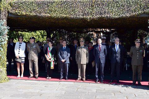 Foto 2 - Cerimonia al Comando Divisione Friuli