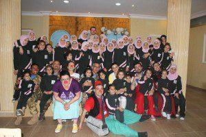 4. UNFIL - Clonw Therapy _ foto di gruppo presso l'orfanotrofio femmenile di Tebnin