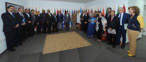 Foto di gruppo, il Generale  Portolano con i P5 e gli ambasciatori dei Paesi contributori di UNIFIL
