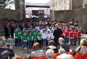 Il coro dell'Istituto di Ostia Giovanni Paolo II