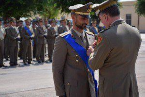 20150624_Gen. B. Stefano DEL COL  consegna la Croce di Bronzo al Merito dell'Esercito al Capitano Vincenzo Priore