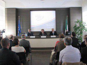 20150710_Certificazioni Aerospace Cluster_Varese