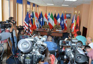 20150723_KFOR_Pristina_COMKFOR gen Francesco Paolo Figliuolo press conference (3)