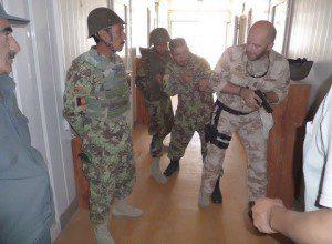 20150825_TAAC-W_Carabinieri ed Esercito addestrano forze afgane (2)