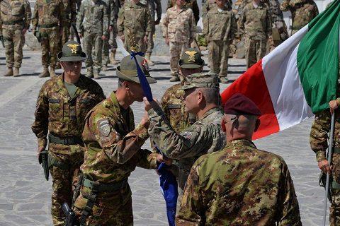 20150915_TAAC-W_Resolute Support_ToA Julia-Aosta_Herat (9)