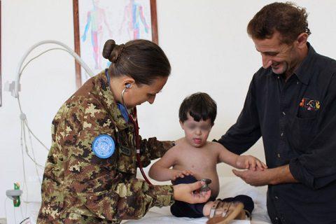 20150925_SW UNIFIL_CIMIC_visite mediche studenti (3)