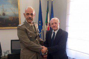 20151117_2FOD_Generale De Leverano con Governatore De Luca