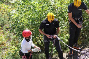 Esercito Italiano_Centro Addestramento Alpino_addestramento su parete rocciosa2 (1)