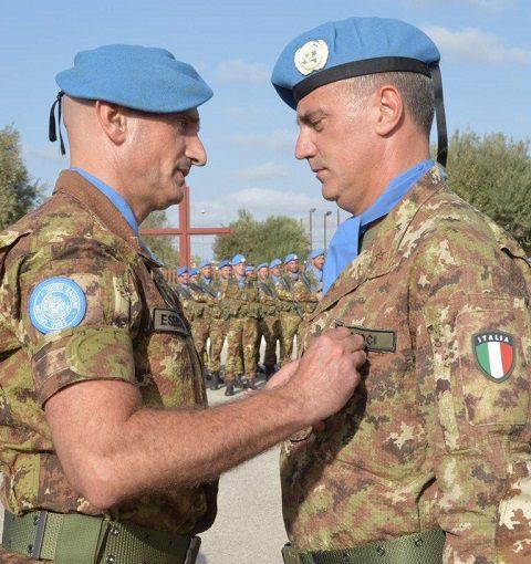 20151014_gen Cuoci riceve la medaglia ONU