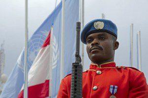 20151026_UNIFIL_Peacekeeper del contingente ganese schierato per la cerimonia