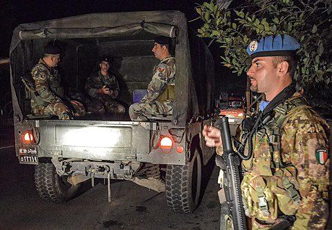 20151127 UNIFIL e LAF Pattugliamento Congiunto notturno-038-Modifica