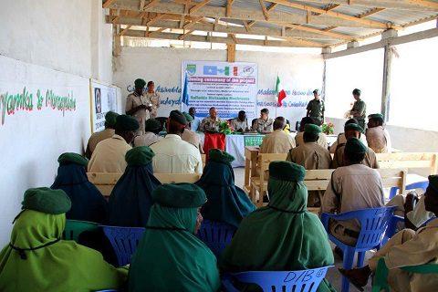 20151218_EUTM Somalia_CIMIC Esercito Italiano_Mogadiscio_un momento della cerimonia (1)