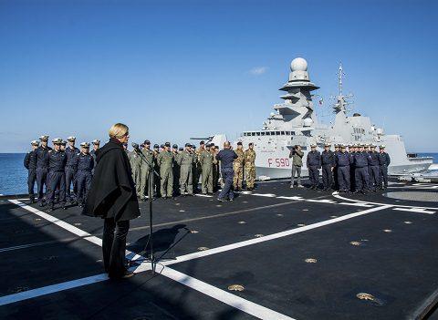 20151223_Mare Sicuro_Marina Militare_visita MinDif sen Pinotti (3)