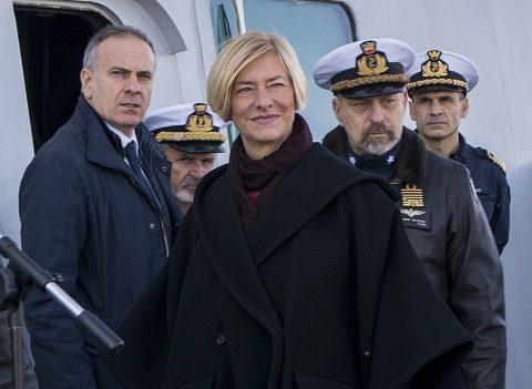 20151223_Mare Sicuro_Marina Militare_visita MinDif sen Pinotti (8)