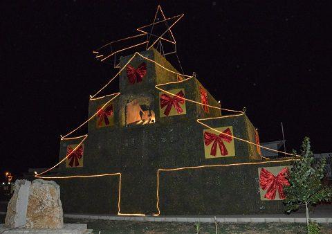 5 - L'accensione dell'albero di Natale