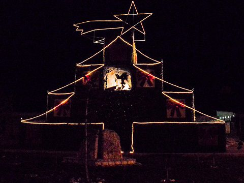 7 - L'accensione dell'albero di Natale