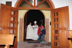 20151225_KFOR_mons Marcianò_Apertura della Porta Santa della Cappella di camp Villaggio Italia