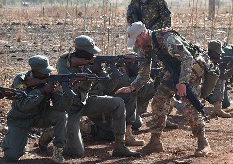 20160131_EUTM Mali_training su richiesta Comando Militare Mali (4)