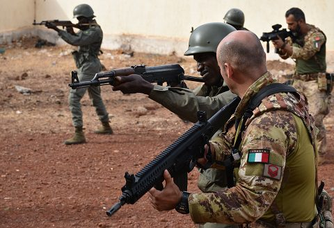 20160131_EUTM Mali_training su richiesta Comando Militare Mali (7)