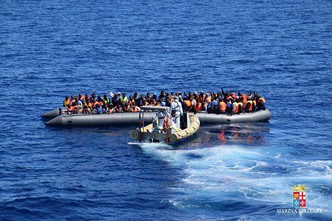 20160411_Marina Militare_Mare Sicuro_migranti (3)