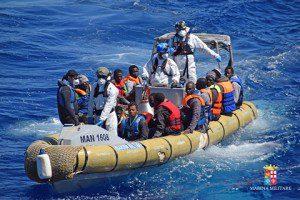 20160411_Marina Militare_Mare Sicuro_migranti (4)