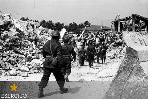 20160506-19760506_terremoto in Friuli_intervento Esercito (6)