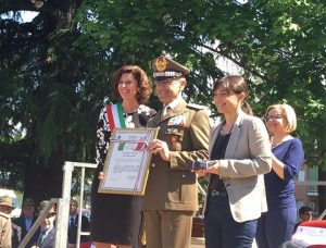 Il Generale Errico ritira la Cittadinanza Onoraria del comune di Majano all'Esercito Italiano