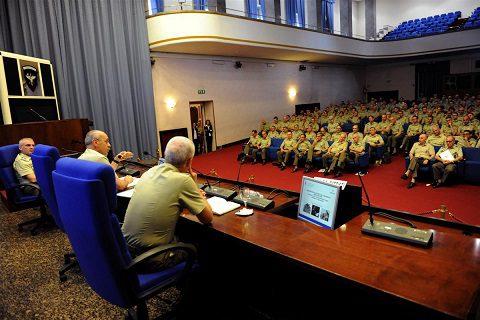 20160623_Esercito_Prevenzione disagio_Il Capo di Stato Maggiore dell'Esercito durante il suo intervento (2)