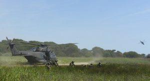 3 - appiedamento di una squadra di fanteria del 66° Reggimento Aeromobile