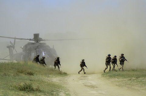 5 - appiedamento di fanteria aeromobile da elicottero NH-90