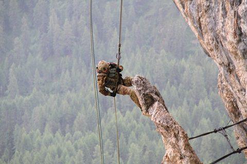 Alpini Esercito_5 Torri_Attività in parete