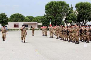 il Comandante della Brigata Garibaldi Generale di Brigata Minghetti rassegna i reparti