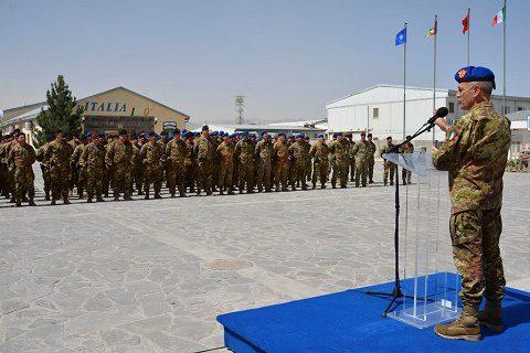 20160702_TAAC W RS_Visita CaSME gen Errico_incontro con militari italiani