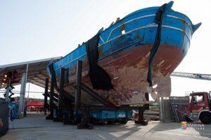 20160707_Marina Militare_relitto peschereccio Augusta