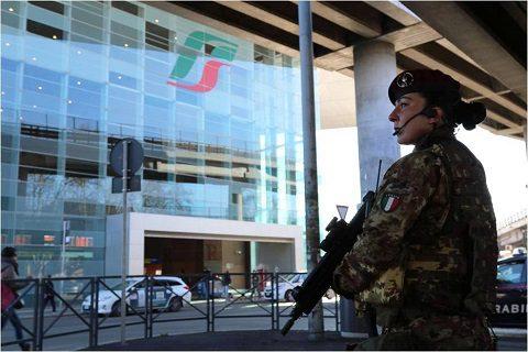 20160711_Strade Sicure-Giubileo_rgt Savoia Cavalleria (3°)_Esercito Italiano (3)