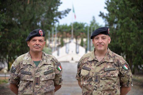 20160715_Div Friuli_Rep Supporti_il Comandante cedente (a dx) e subentrante (a sx)_cambio ltc Federico-col Carrafa