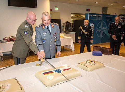 20160721_NATO JWC_cambio comando Wolski-Reudowicz (2)