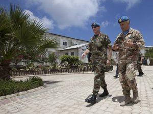 20160725_SW UNIFIL_Visita gen Beary base UNP 2-3
