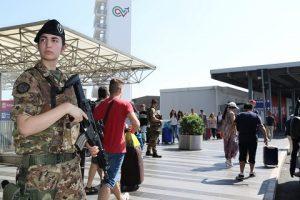 Pattuglia di militari aeroporto di Fiumicino